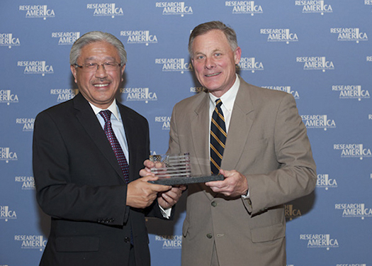 Victor Dzau, MD, and Sen. Richard Burr (R-NC)